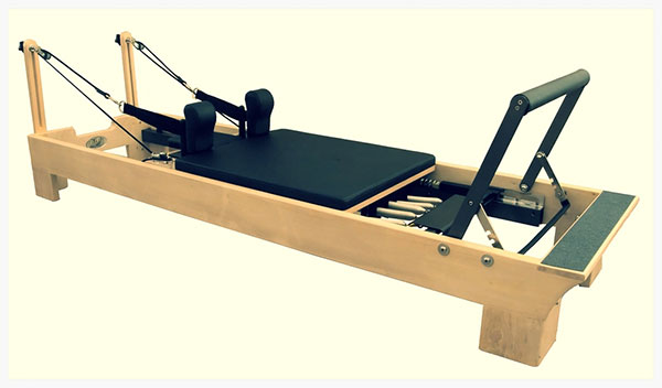 دستگاه ریفورمر یا اصلاح کننده یا شکل دهنده در ورزش پیلاتس چیست ؟