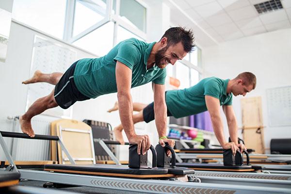 ورزش پیلاتس چیست و چگونه انجام می شود و چه فوایدی دارد ؟