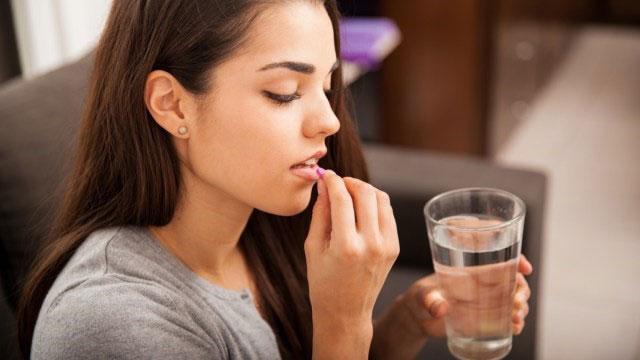 مصرف مولتی ویتامین ها و مکمل ها به صورت روزانه ، فواید ، ضرر ها ، آسیب ها