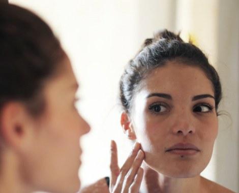 """بهترین مواد """"ضد چروک"""" که باعث کلاژن سازی و جوانسازی پوست و سفت شدن آن می شوند کدامند ؟"""